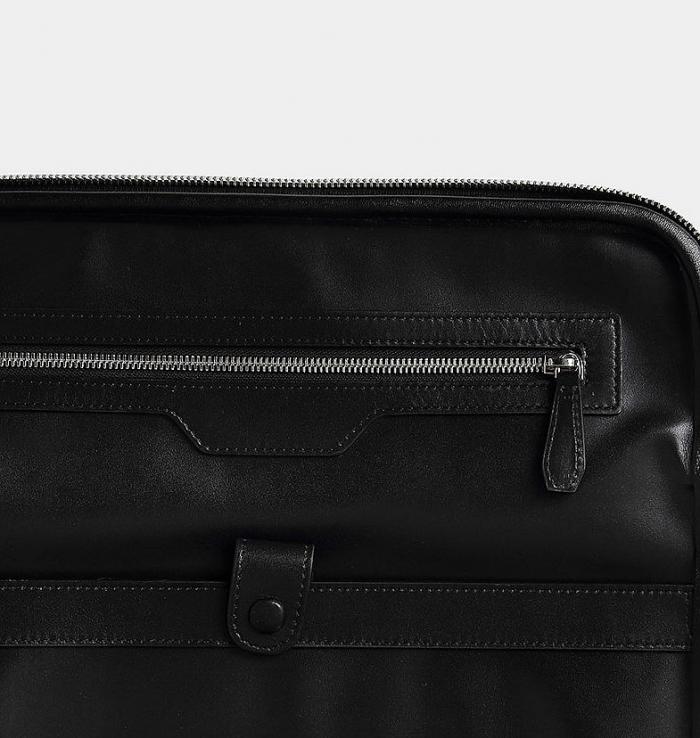 Crocodile Leather Luggage-Details