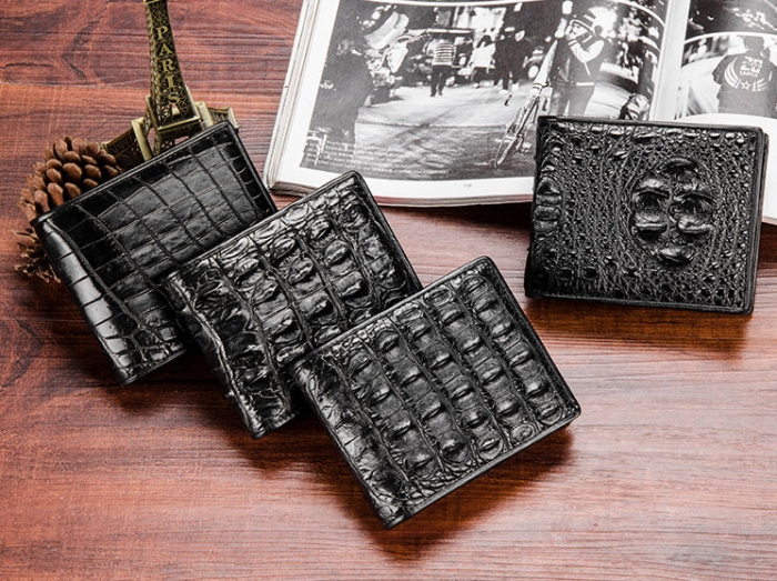 Premium Crocodile Bifold Wallet for Men-1